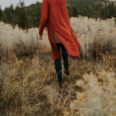 paficif north west photographers styled fashion shoot in the dessert with boho feel